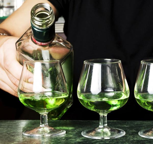 Как правильно пить абсент. Видео