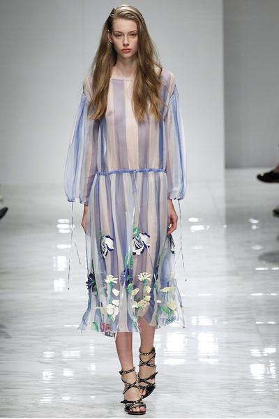 50 лучших платьев Недели моды в Милане | галерея [1] фото [33]