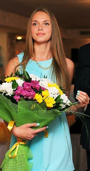 Юлия Харизова, модель