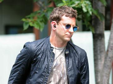 Брэдли Купер (Bradley Cooper) все чаще замечают в обществе Дженнифер Лопес