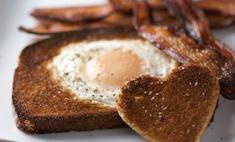 Праздничный завтрак: 1 яйцо, 1 апельсин
