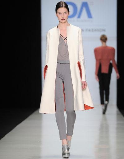Показ коллекций выпускников Domus Academy осень зима 2013/14 на Mercedes-Benz Fashion Week Russia