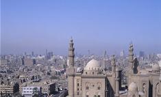 В Египте распущен парламент, а президент находится в тяжелом состоянии