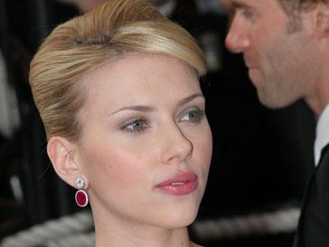 Скарлетт Йоханссон (Scarlett Johansson) и Шон Пенн (Sean Penn) не чувствуют разницу в возрасте