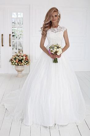 Свадебное платье можно купить в Ростове свадебный салон LOVE