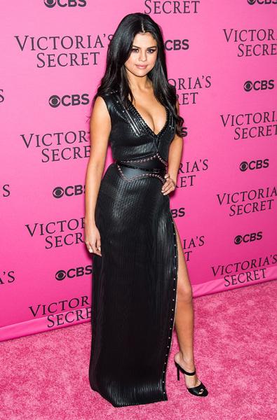 Селена Гомес на шоу Victoria's Secret