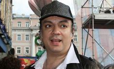 Телеканалы накажут Киркорова новогодним отлучением от эфира