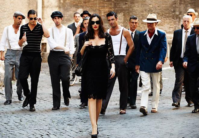 Прекрасная Моника Беллуччи сводит с ума римских мужчин.