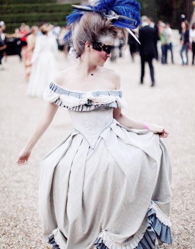 В XVII веке женщины считались красивыми лишь при наличии широких плечей и бедер