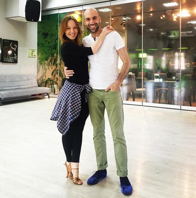 "Альбина Джанабаева на шоу ""Танцы со звездами"""