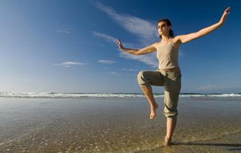В отпуске нужно почаще заниматься спортом – ведь лучшее время для нагрузок приходится на разгар рабочего дня.