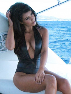 Ким Кардашьян (Кim Kardashian)