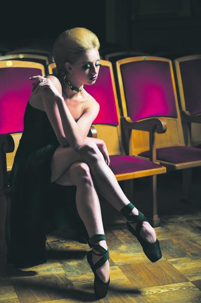 Вера Сабанцева, одна из ведущих балерин НГАТОБ