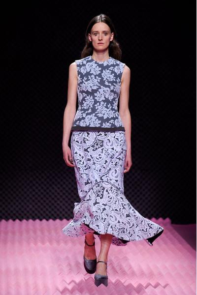 Показ Mary Katrantzou на Неделе моды в Лондоне | галерея [1] фото [32]