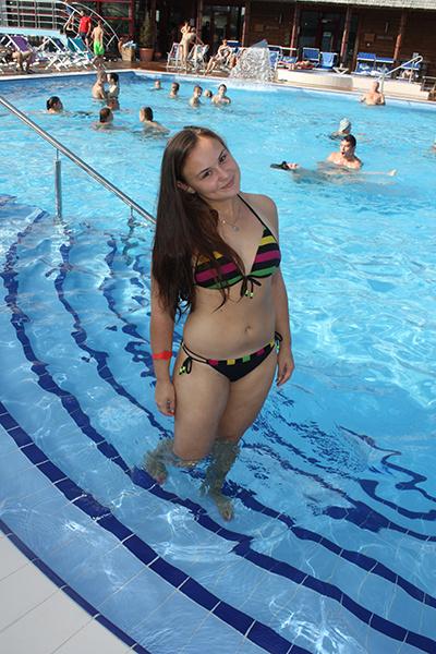 Лето 2016: фото красивых девушек в купальнике