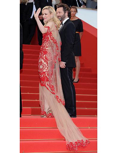 Рэйчел МакЭдамс в платье Marchesa