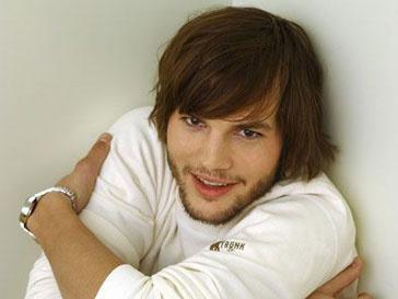 Эштон Катчер (Ashton Kutcher) говорит о необходимости честности в печати