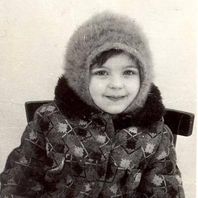 Будущей актрисе Ире Пеговой 5 лет, 1983 год.