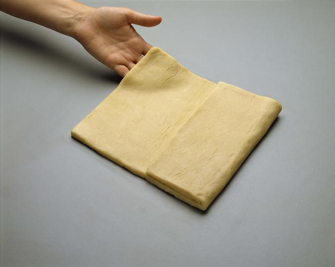 как разморозить слоеное тесто
