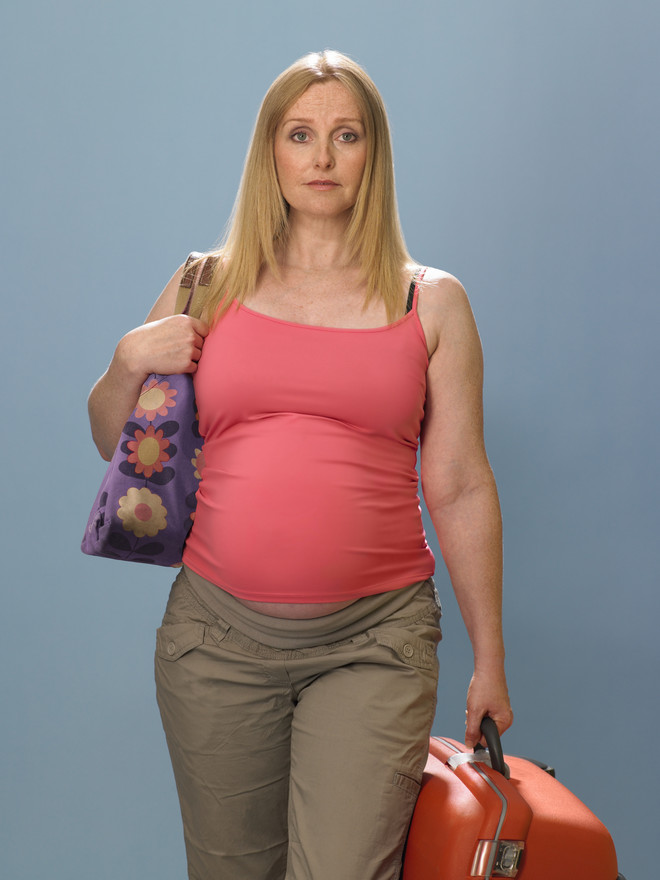 Почему нельзя поднимать тяжелое во время беременности