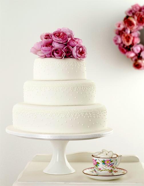 Цветы на свадебном торте