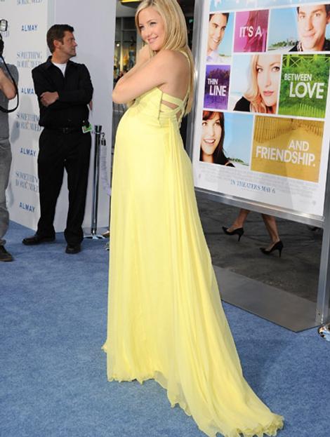 Кейт Хадсон в платье Versace