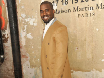 Канье Уэст (Kanye West) на презентации коллекции Martin Margiela для H&M