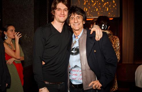 Ронни Вуд с сыном