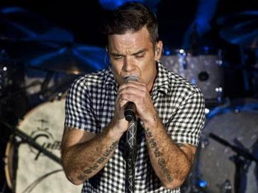 Робби Уильямсом (Robbie Williams) помог Take That стать лучшей группой года