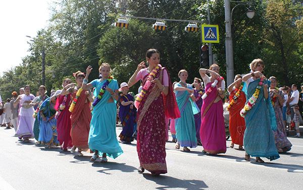 карнавал в День города в Тюмени 2014