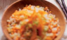 Салат из риса с чечевицей