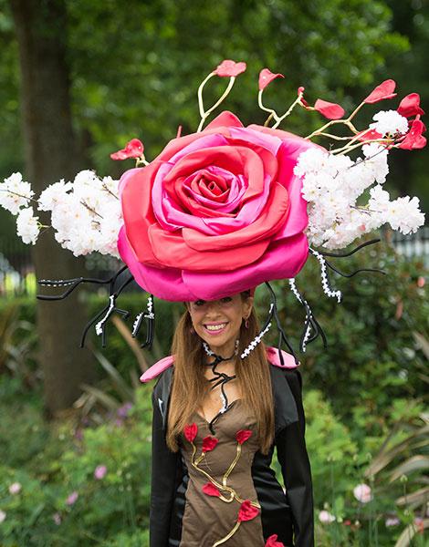 Королевские скачки в Аскоте: парад шляп   галерея [1] фото [11]