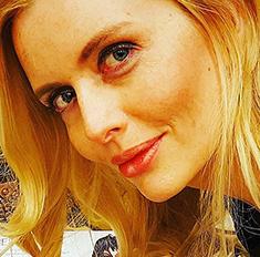 Собираем косметичку в отпуск: советы Анны Чуриной