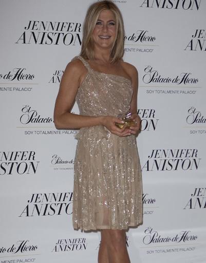 Дженнифер Энистон (Jennifer Aniston) на презентации именного аромата в Мехико