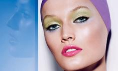 Тони Гаррн стала лицом яркой косметической коллекции