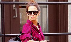 Кэти Холмс прошлась по Нью-Йорку в нелепом наряде