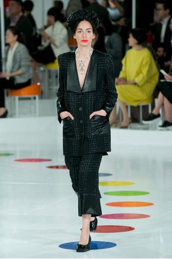 Показ круизной коллекции Chanel в Сеуле | галерея [1] фото [42]