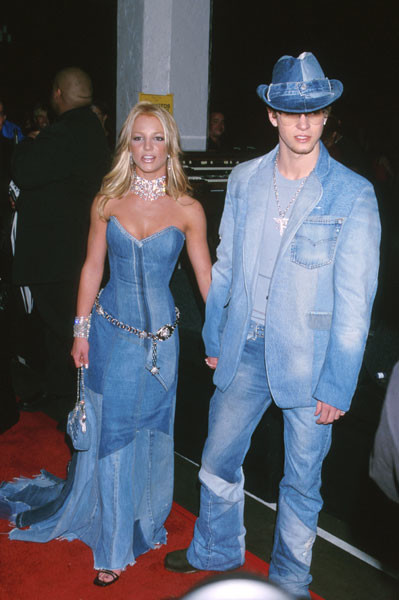 Бритни Спирс и Джастин Тимберлейк на American Music Awards, 2001 год