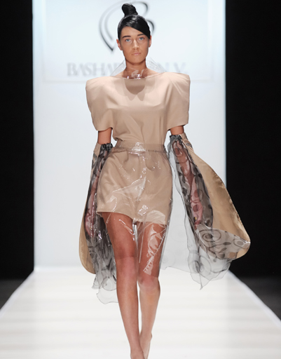 Mercedes-Benz Fashion Week Russia: BASHARATYAN V, осень-зима 2012/13