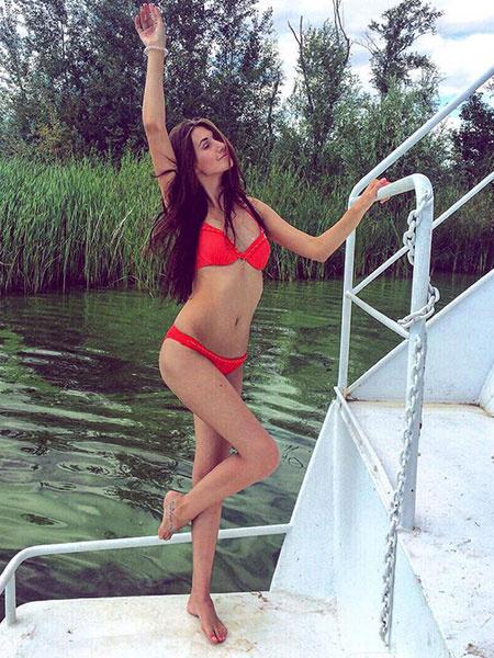 Фото длинноногие девушки киров фото 135-131