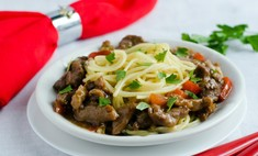 Вкусная мясная подлива - способ спасти испорченное блюдо