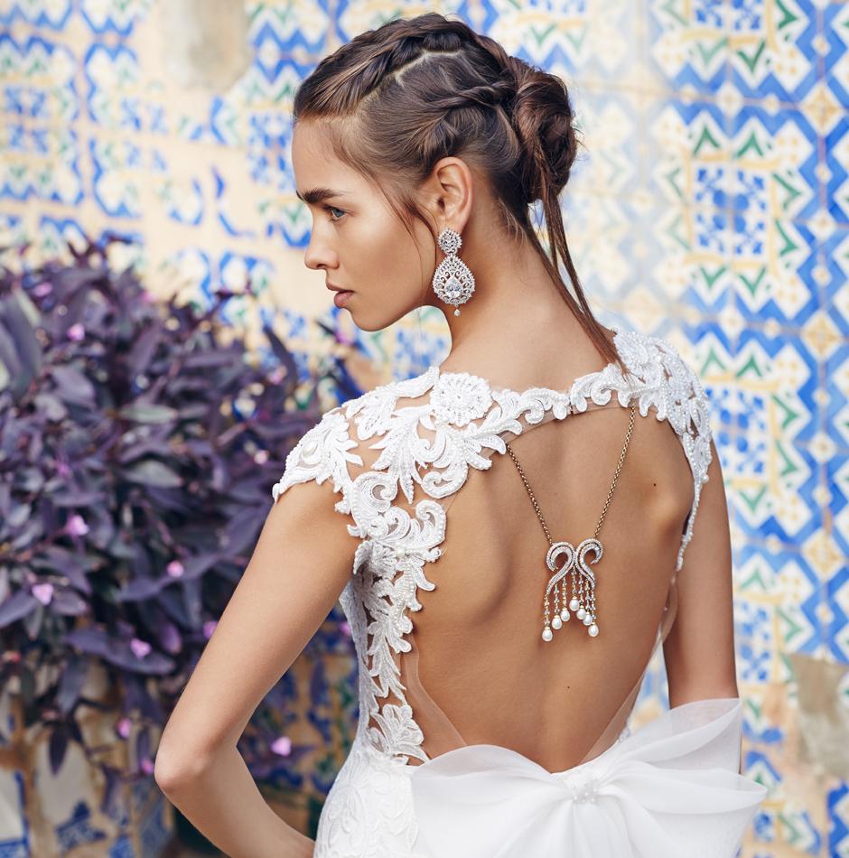 Массивные украшения на свадьбу