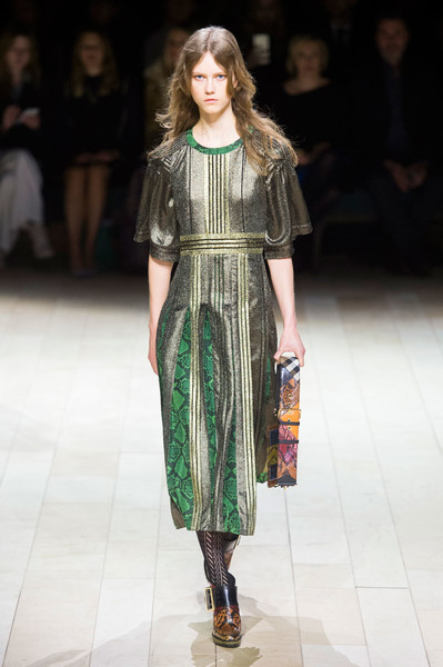 Самые красивые образы Недели моды в Лондоне | галерея [1] фото [84]