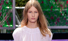 Дом Dior оказался в центре скандала из-за модели-подростка