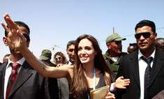 Анджелина Джоли вызвала массовые беспорядки на границе Ливии и Туниса