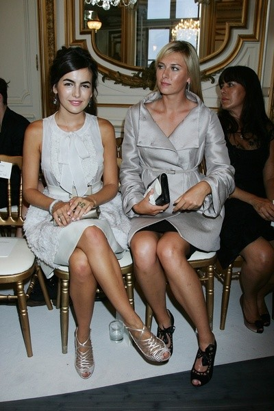 Камилла Белль (Camille Bell) и Мария Шарапова (Maria Shaparova) на показе Valentino
