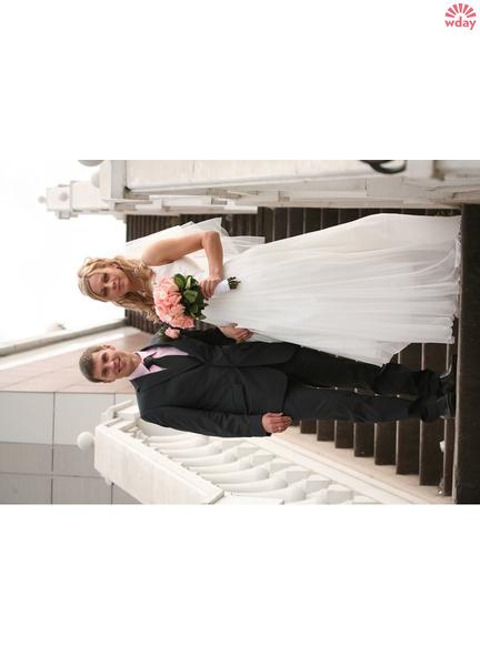 Биатлонист Евгений Устюгов с женой Александрой