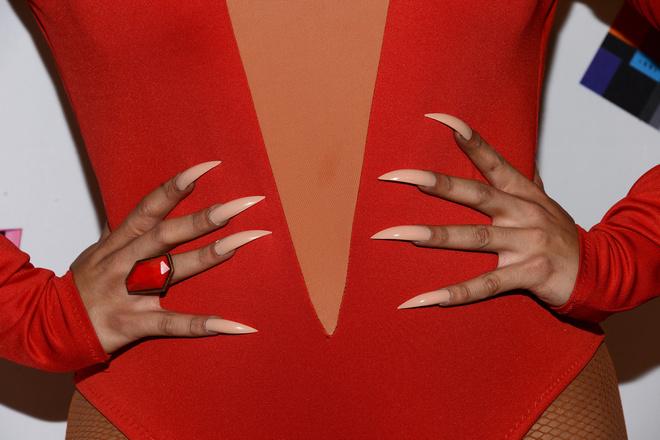 как лучше наращивать ногти