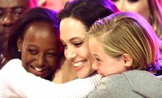 Анджелина Джоли с детьми: фото