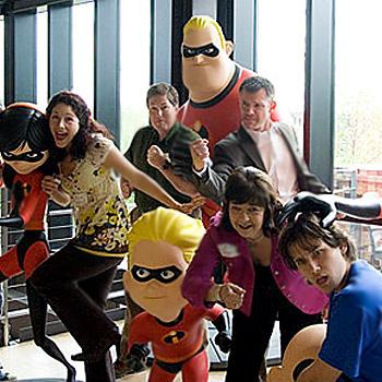 Жизнерадостные сотрудники компании Pixar.